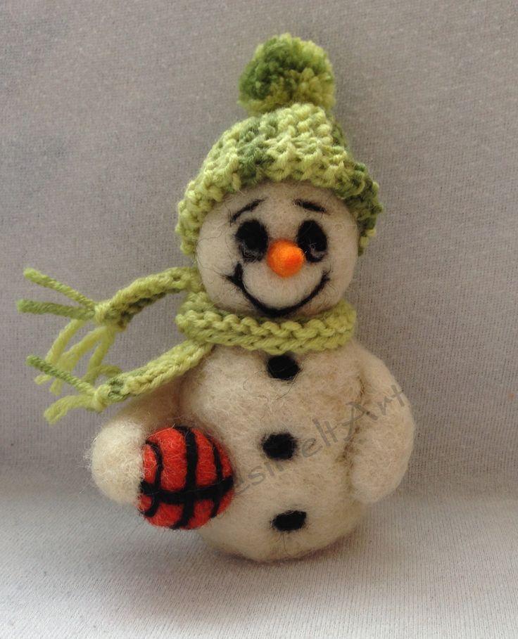 Snowman (needle felted)
