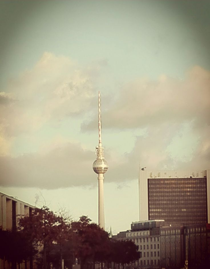 The needle of Berlin