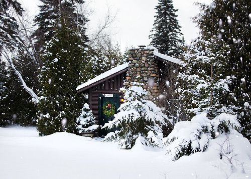 Rondeau Exterior Lakeview Snow Winter Wreath - Slideshow by Lake Placid Lodge NY, via Flickr