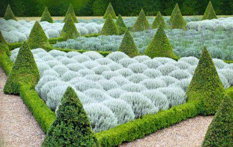 The formal Cherry Garden at Ham House. Via www.nationaltrust.org.uk.