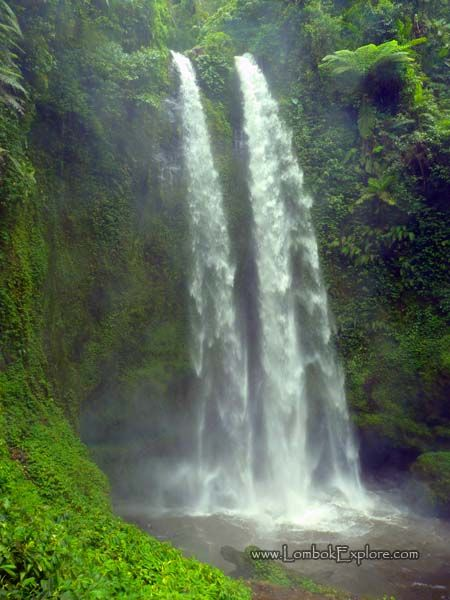 Tiu Teja waterfall. A beautiful waterfall in North Lombok, Indonesia. For more information, please visit http://www.LombokExplore.com.