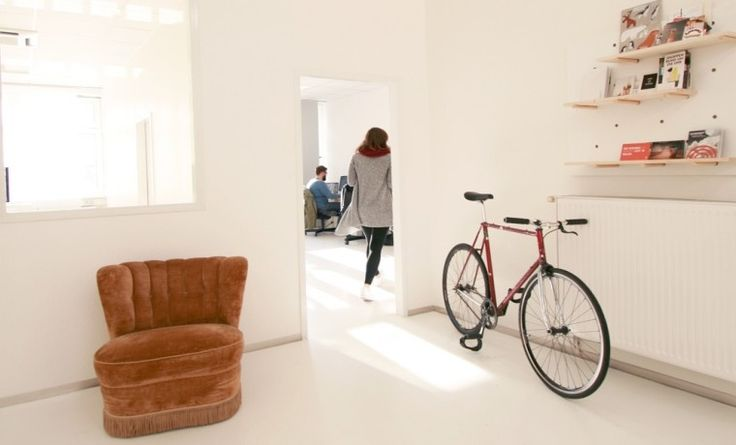 Büroräume direkt am Wasser in loftartigem Office #Büro, #Bürogemeinschaft, #Office, #Coworking, #Hamburg