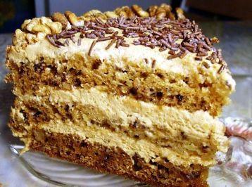 Торт «Медово-сметанный со сливочным кремом»