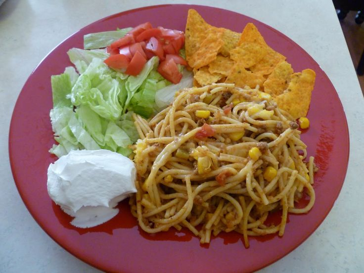 Taco SpaghettiTacos Seasons, Tacos Pasta, Joy Homemaking, Recipe, Maine Dishes, Ground Beef, Paper Bags, Pasta Dishes, Tacos Spaghetti