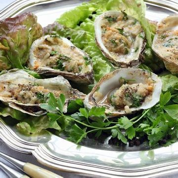 I'm checking out a delicious recipe for Broiled Oysters from Kroger!
