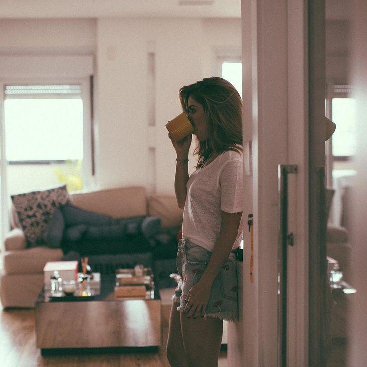 Vcs não tomam café assim? Bem naturais.... amoooo @luizaferraz até um café fica muso! Bom diaaaaaaaaaa!