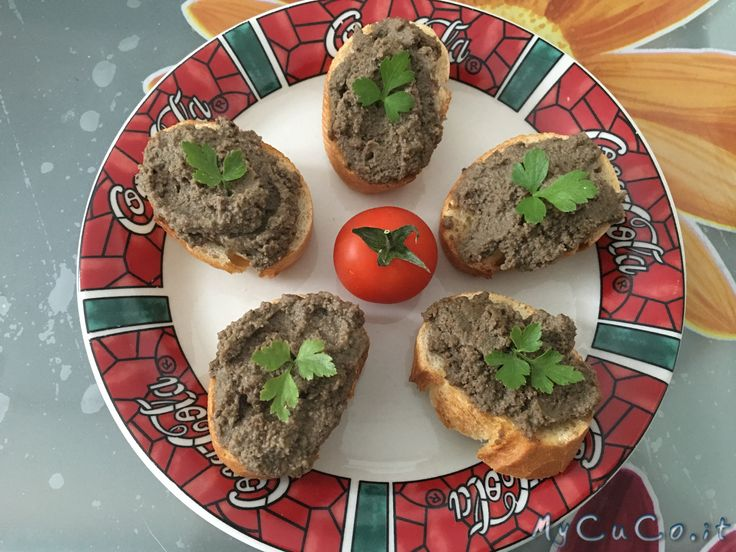 Crostini toscani - http://www.mycuco.it/cuisine-companion-moulinex/ricette/crostini-toscani/?utm_source=PN&utm_medium=Pinterest&utm_campaign=SNAP%2Bfrom%2BMy+CuCo