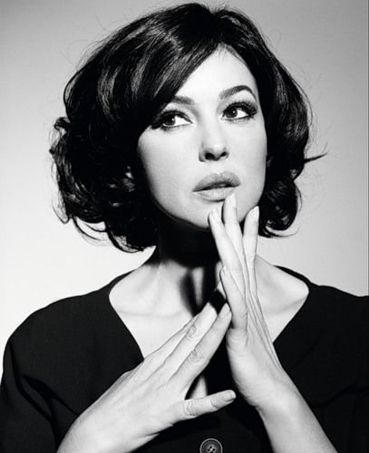 Monica Bellucci.  If you ask me who I think is the most beautiful woman in the world, this is who comes to mind.