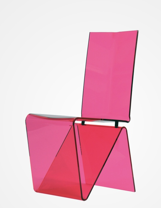 Contemporary chair (plexiglas®) PLI by Maurice Marty Design Maurice MARTY. Frame in 10mm Altuglas. Available in various finishes. L.40 x H.90 x D.49 cm - Roche Bobois