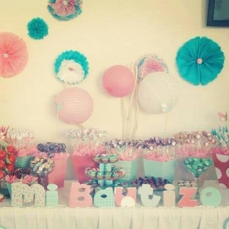 Candy bar mesa de postres bautizo ni a candy station for Mesa de dulces para bautizo de nina