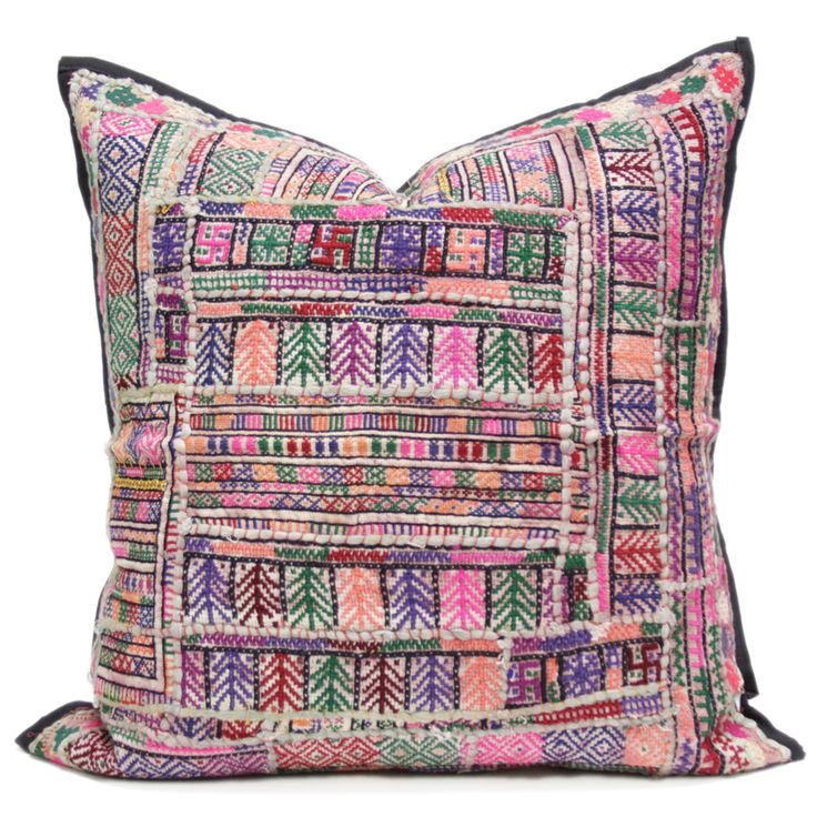 The captivating Jaislmer Pillow is a stunning accent with an extensive history. This vintage cotton fabric pillow features patchwork from the Raika Nomadic Tribe in Jaislmer, Rajasthan. Sparkling embellishments adorn the Jaislmer, symbolizing the royal grandeur of Indian culture.
