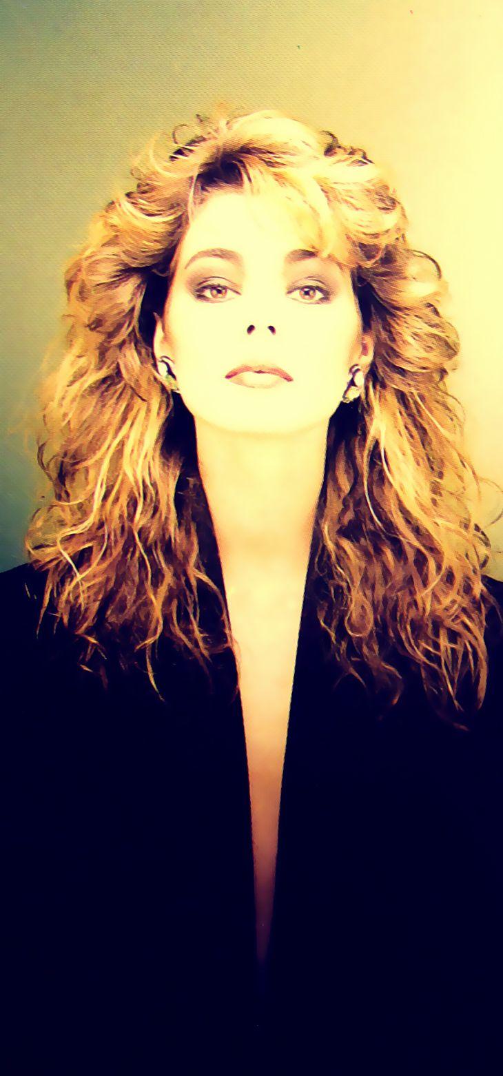 Sandra - vintage retro effect