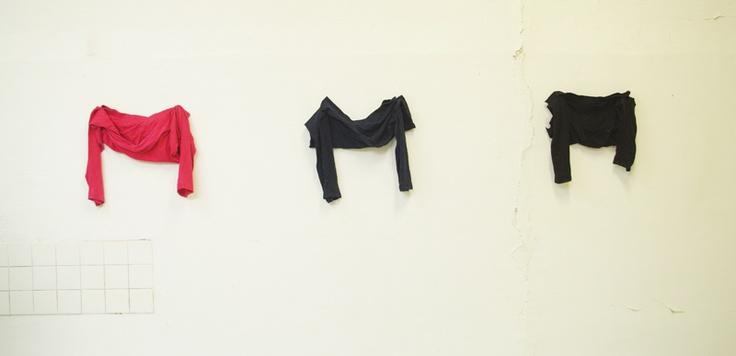 SIAM Angie, Des Possessions  SIAM ANGIE expose actuellement aux Salaisons, espace d'art contemporain de Romainville (métro Mairie des Lilas)