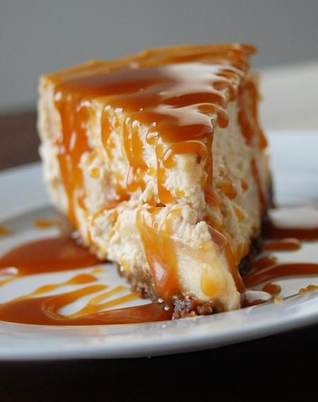 Brown Sugar-Apple Cheesecake....YUM! I want this... now