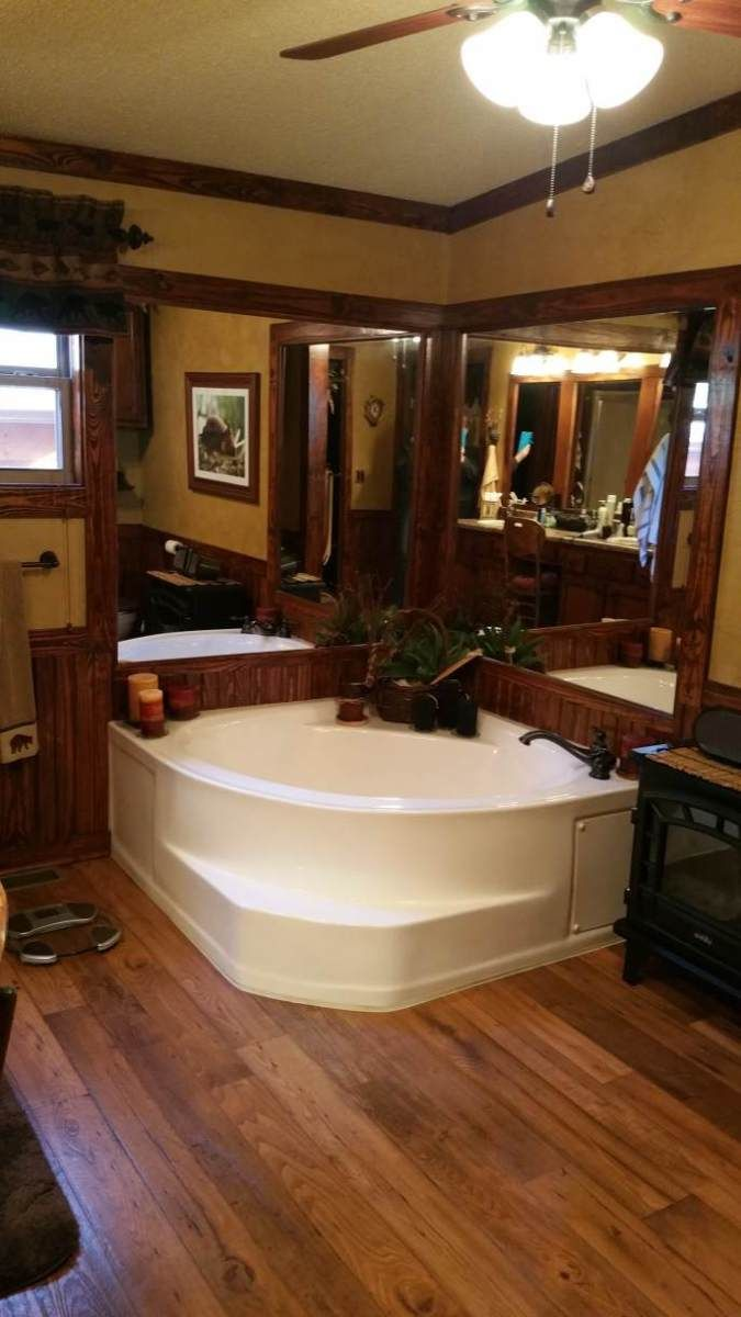 Gorgeous Rustic Cabin Manufactured Home Remodel Mobile Home Bathrooms Home Improvements And Cabin