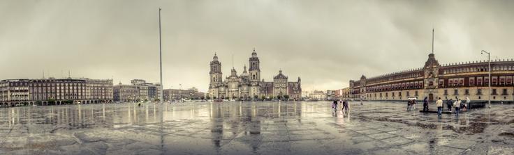 Tarde lluviosa en el Zócalo