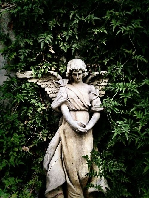 Photography by Frank Brandwijk I Portugal Sintra 'Angel'
