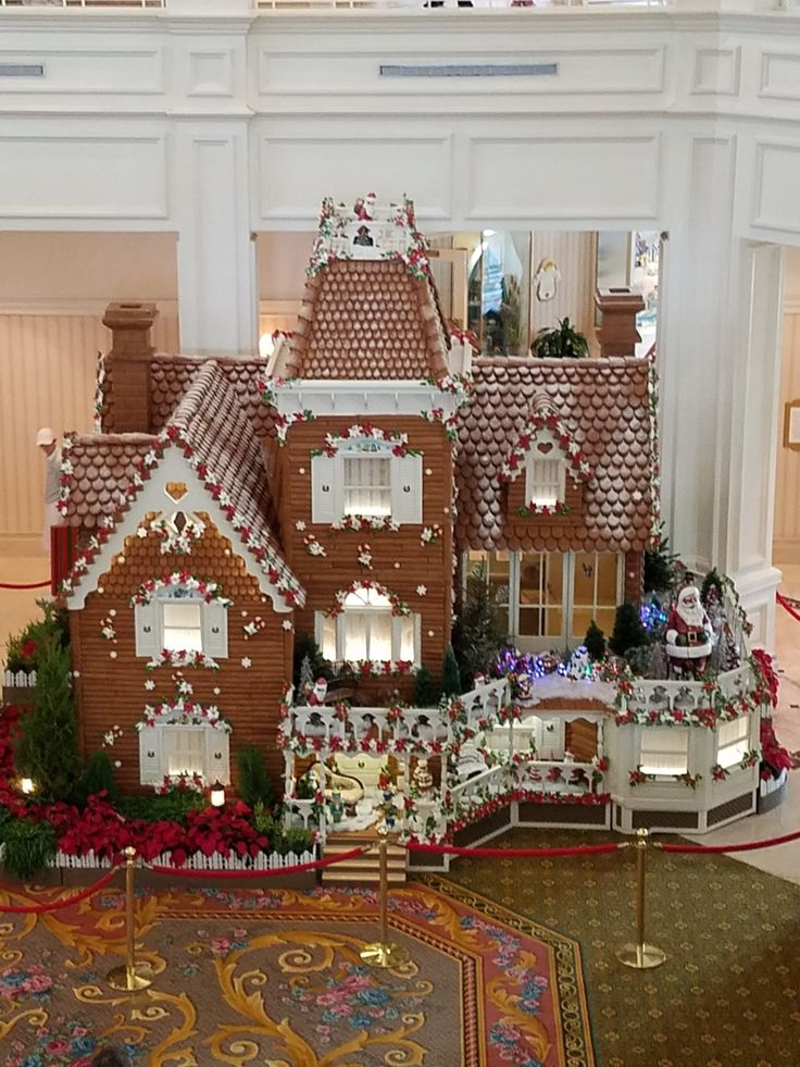 Gingerbread Christmas Displays To Appear at Walt Disney World Soon