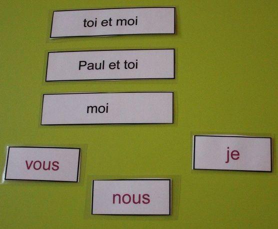Le pronom. La grammaire ça s'apprend tout petit (fin) Le pronom : Contrairement aux autres mots, nous ne disposons pas de jeux particuliers pour le pronom. Au départ, nous ne parlerons avec …
