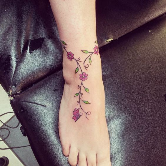 30 Simple And Sexy Ankle Tattoo Designs You Have To Try – Page 17 of 30