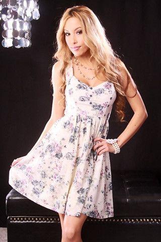 NAVY IVORY FLORAL PRINT SWEETHEART NECK CUTOUT BACK BABYDOLL MINI DRES - viXXen Clothing