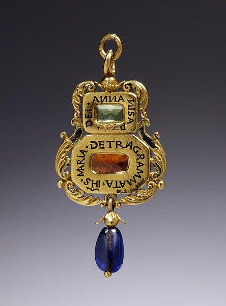 Amulet Jewelry Pendants Sothon: 17 Best Ideas About Amulets On Pinterest
