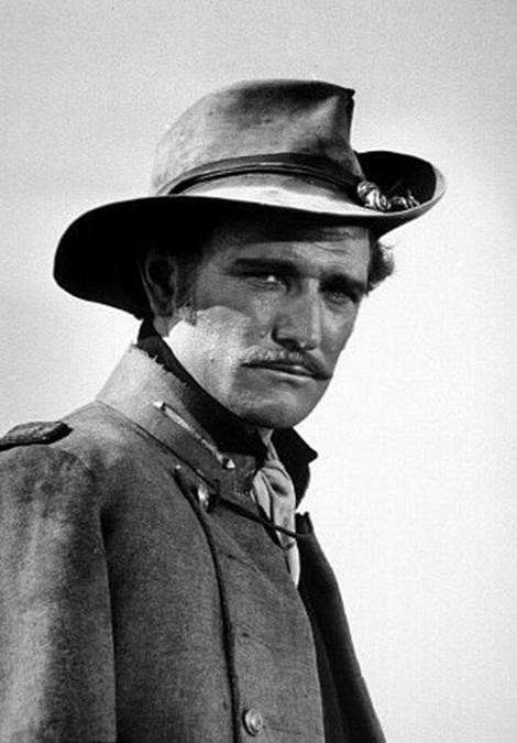 Richard Harris,Dont know what movie this is from...But mr Harris always looked good to me.gw