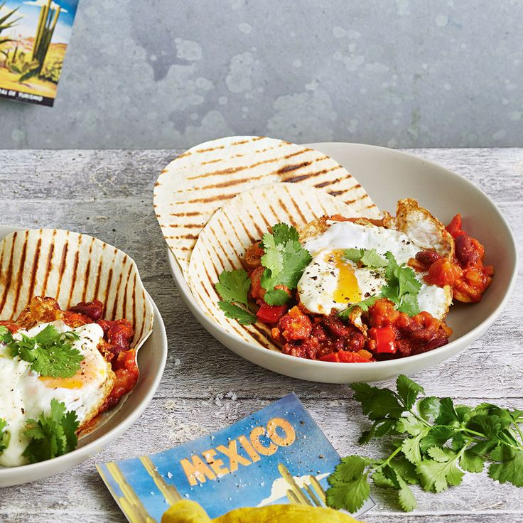 How to make Huevos Rancheros, a delicious dish from Mexico!