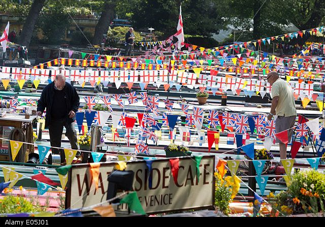 London, UK. 3rd May 2014. Canalway Cavalcade festival takes place over the May Day holiday weekend at Little Venice, Paddington, London. Credit: Nick Savage/Alamy Live News