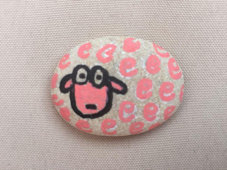 Oveja con piedras de playa crafts with my kids pinterest - Manualidades con piedras de playa ...