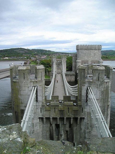 Conwy Castle, North Wales #travel #traveltips #beautifulplacesintheworld  http://travelideaz.com/