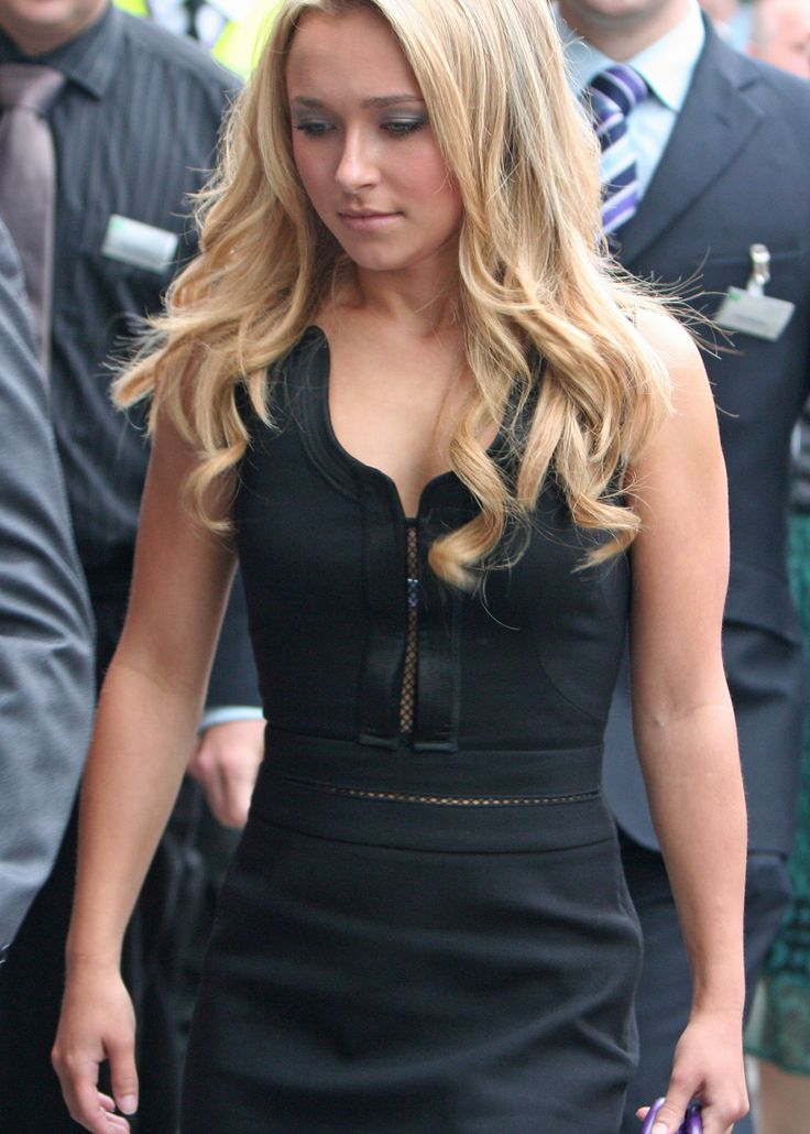 hayden muslim personals Hayden panettiere was rumored to be dating `entourage` actor kevin connolly in september, 2009, during a stage where the single actress seemed to be testing the waters with several potential suitors.