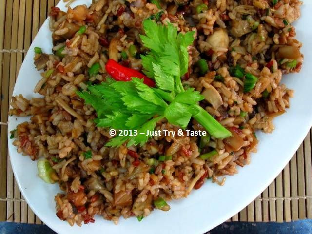 Just Try & Taste: Nasi Goreng Jamur (Shiitake, Tiram, Champignon, Enoki)