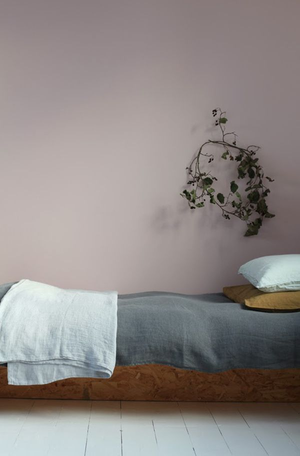 Pink and grey bedroom Le Dans La