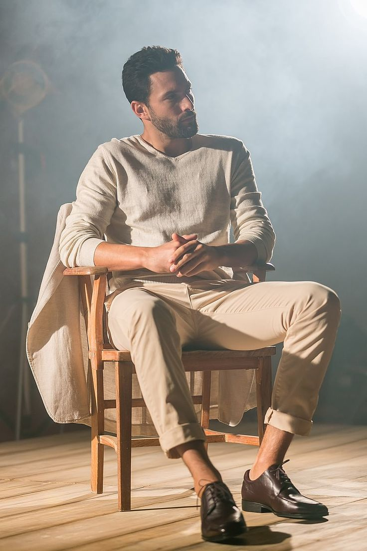 Noah Mills for Mr.Cat Fall 2015