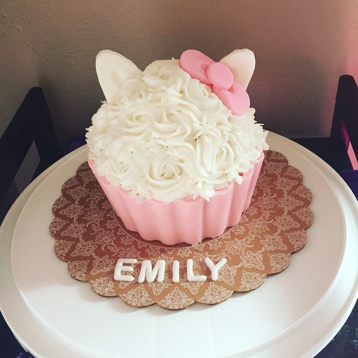 Magnificent We Are Loving This Hello Kitty Smash Cake Simple And Cute With Personalised Birthday Cards Veneteletsinfo