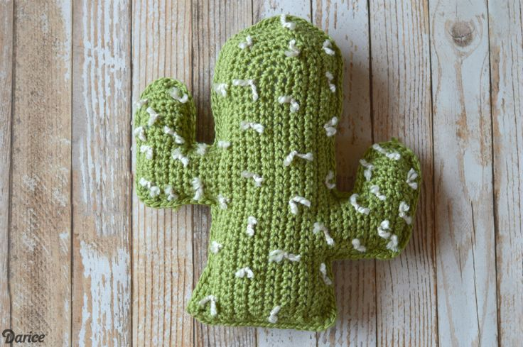 crochet-cactus-pattern-darice-8