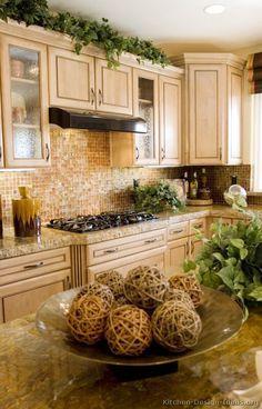 Traditional Whitewash Kitchen Cabinets #01 (Kitchen-Design-Ideas.org)