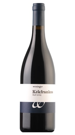One of the #blaufränkisch you can get now in Hungary, best-buy, fantastic minerality and plums. http://bortarsasag.hu/hu/wine/weninger-kekfrankos-2009-sopron
