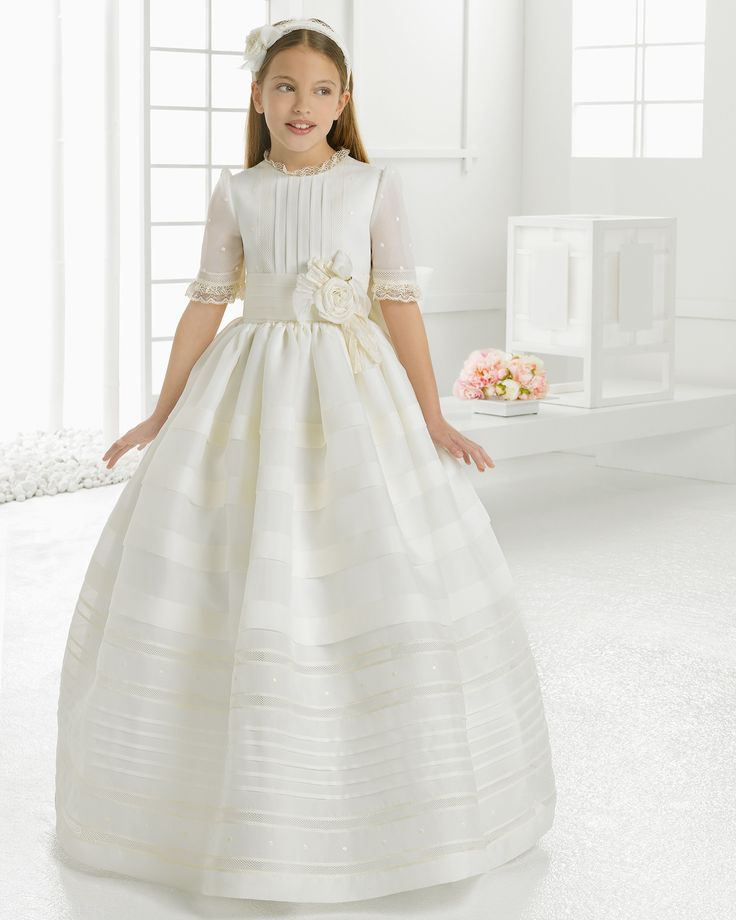 Ball Gown Half Sleeved Organza First Comminion Dress with Dramatic Flowers