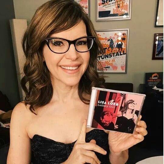 Lisa Loeb. Singer & Songwriter ❤❤
