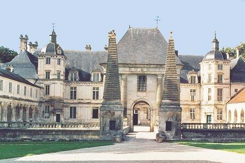 Facade of Chateau de Tanlay