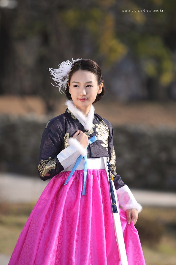Hanbok, Korean Traditional Dress--I like the design and colors, but without the fur