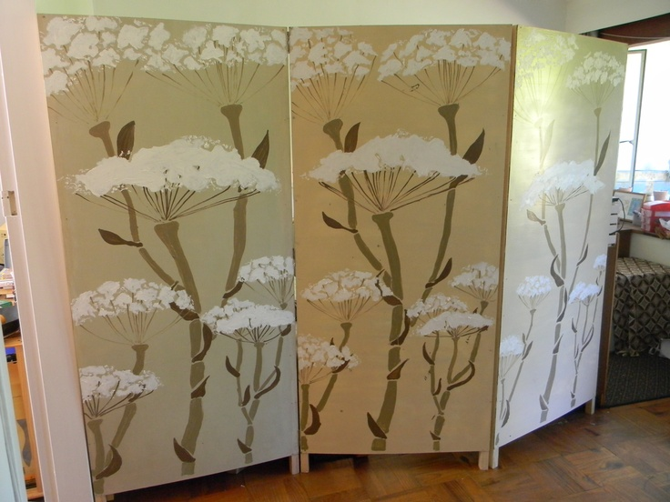 My attempt at making a room-divider.  Quite easy and very effective.  The stencil was also not so difficult to make.