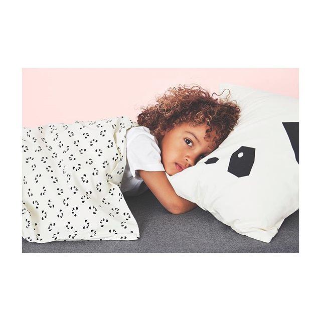God natt min venn gå til din seng og legg deg ned og sov i fred Guds engelvakt er om deg satt så sover du så trygt i natt God natt, god natt🐼 Liewood får du nå også i navy✨#godnatt #sweetdreams #liewood #barsel #barselgave #mini #minimin #kids#minimote #ministyle #mammaperm #babies #gutt #guttebaby #jente #jentebaby #barnerom #jenterom #gutterom #barneklær #barnebutikk #rasklevering #hentibutikk #søt #ss17collection #byporten #oslo #ootd#internetfriends #babyshower #evedeso…