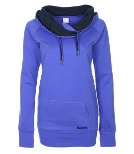 DOPIO FUN OVERHEAD #benchusa    leggings + this sweater = perfect cozyness