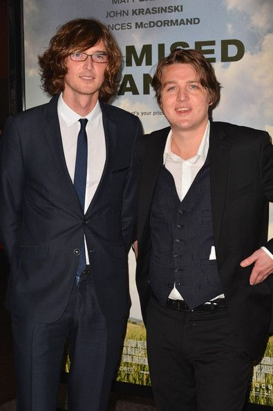 """Joey Ryan Kenneth Pattengale Photos - Musicians Joey Ryan and Kenneth Pattengale of The Milk Carton Kids arrive to the premiere of Focus Features' """"Promised Land"""" at the Directors Guild Of America on December 6, 2012 in Los Angeles, California. - Premiere of Focus Features' """"Promised Land"""" - Red Carpet"""