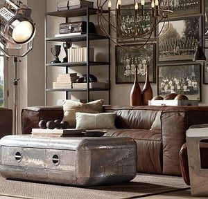 I love this living room! Just needs a little more color, and a few touches of my own, and it'd be cool. :)