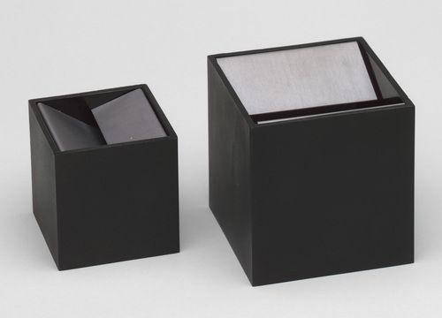 Bruno Munari for Danese, Cubo Ashtrays, 1957. Anodized aluminum and melamine resin. Courtesy MoMA