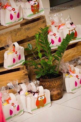 eco-bags de feltro com corujas aplicadas